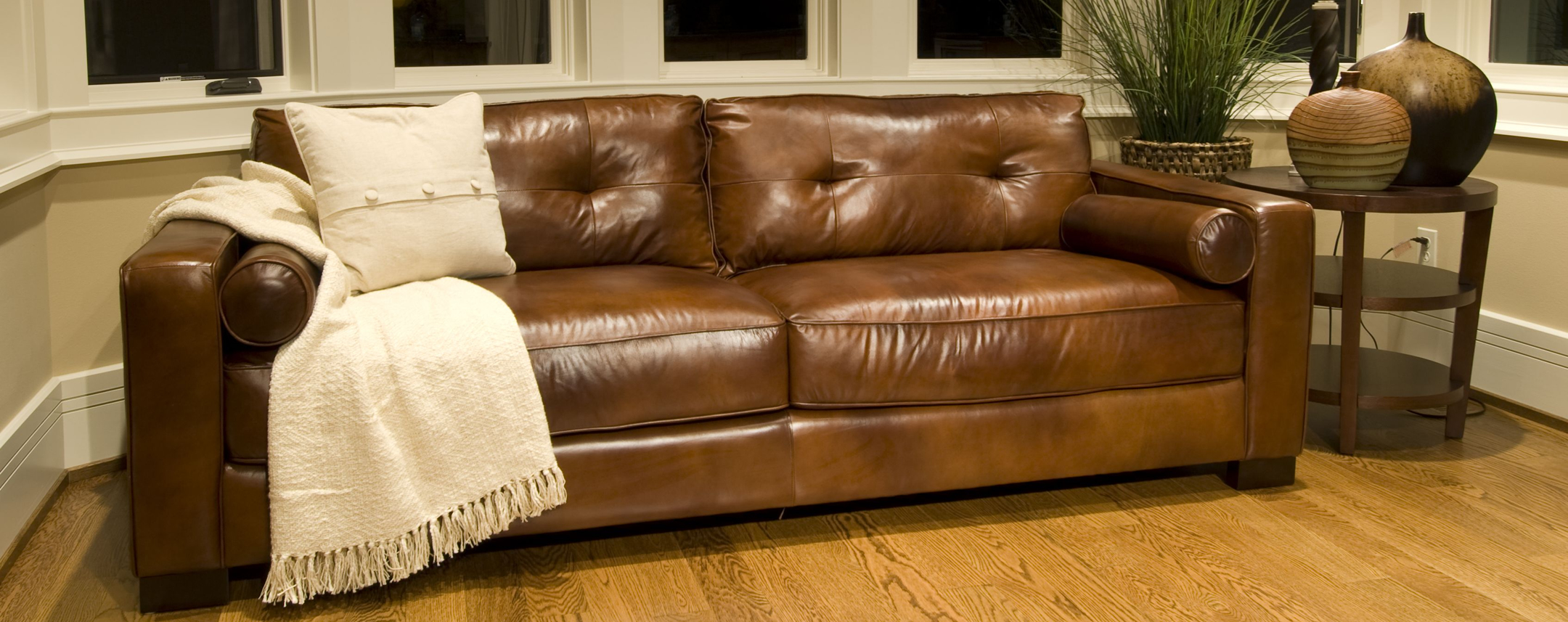 Leather sofa decoration designs guide for Leather furniture