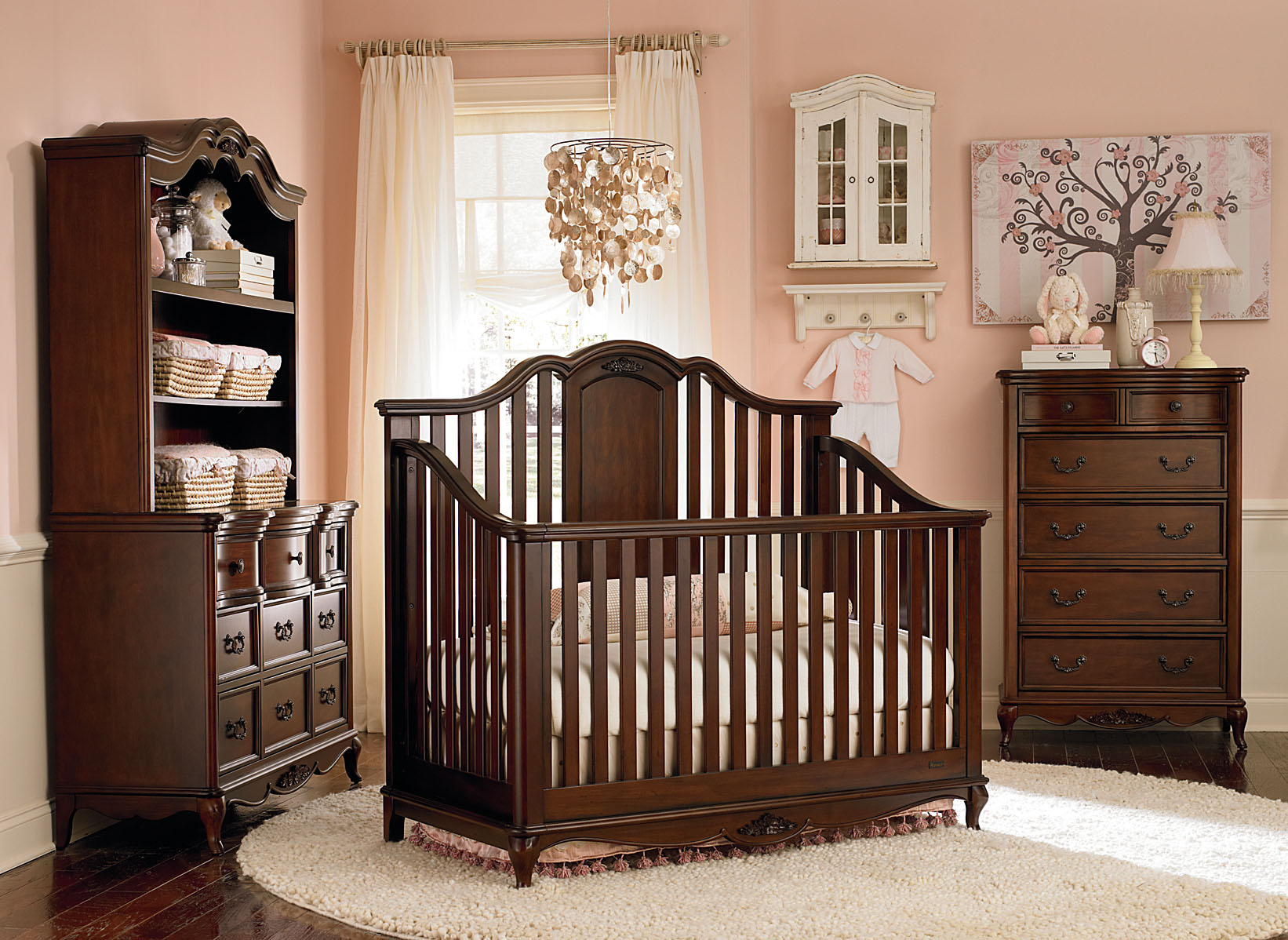 Decoration designs guide best decoration designs guides for Best baby cribs for small spaces