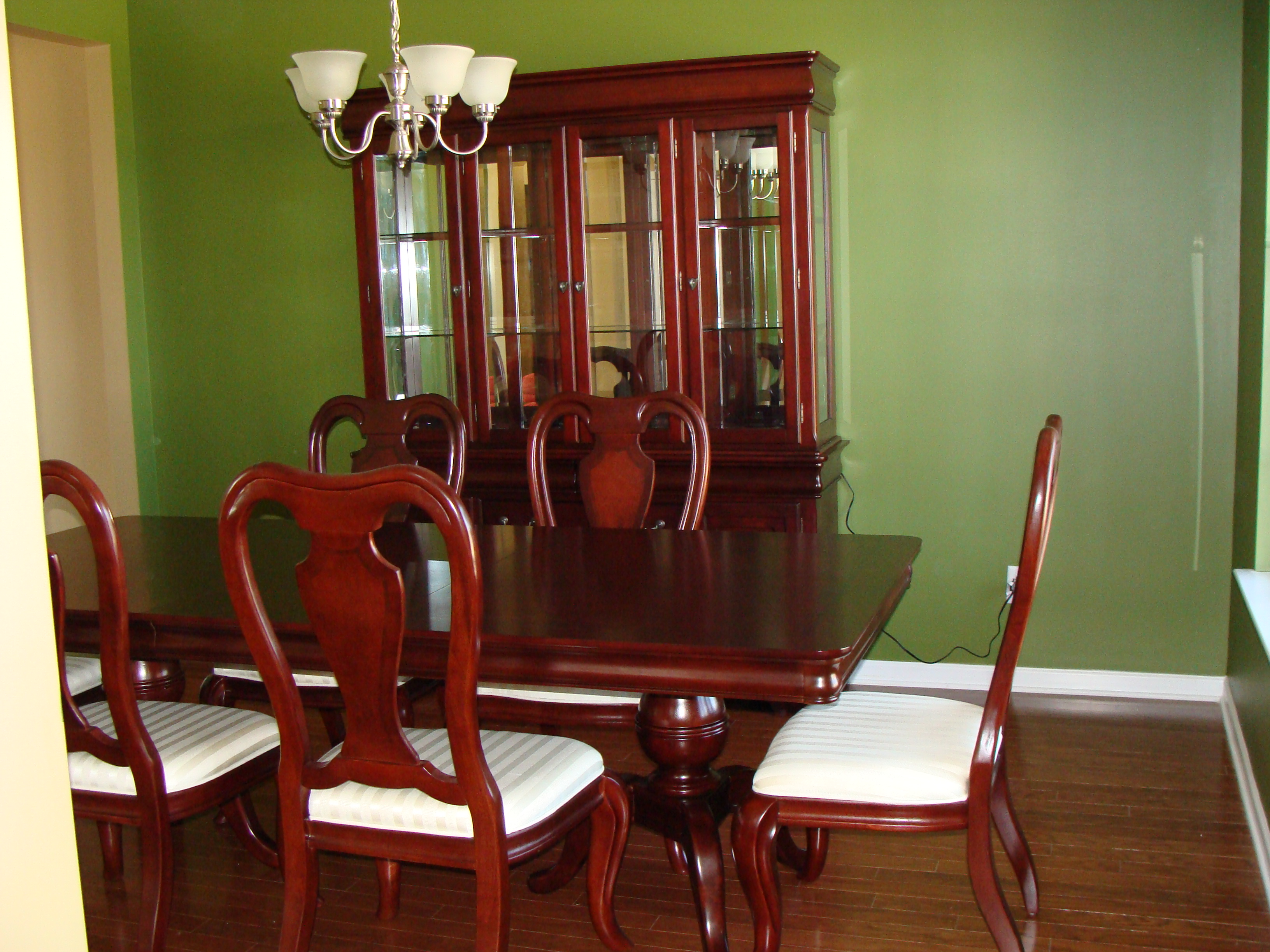 Inspirational pale green dining room chairs light of dining room - Pale green dining room ...