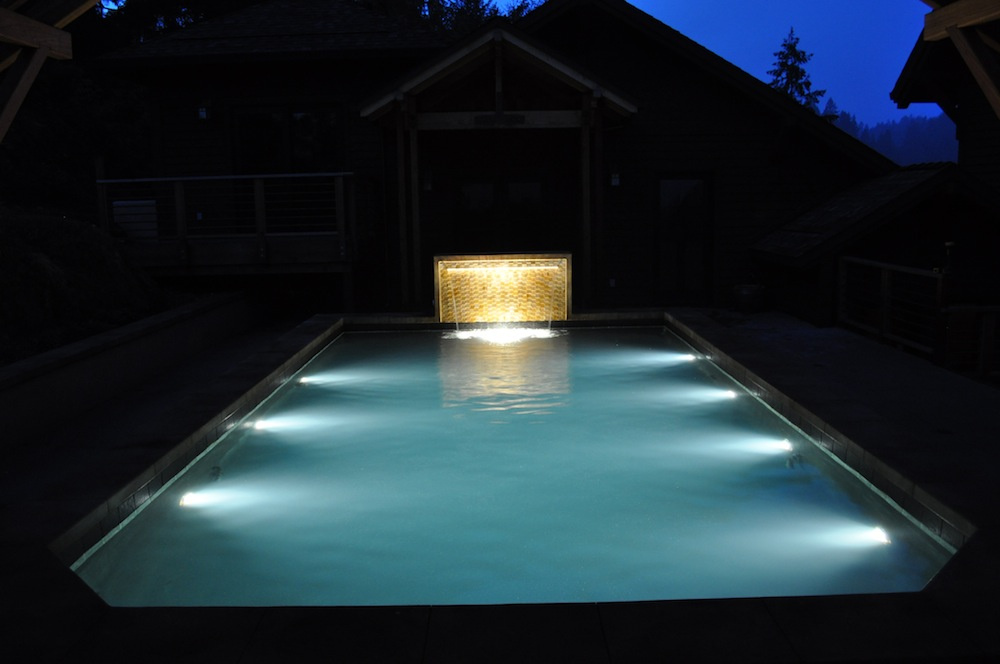 Swimming Pool Fixtures : Pool lights decoration designs guide